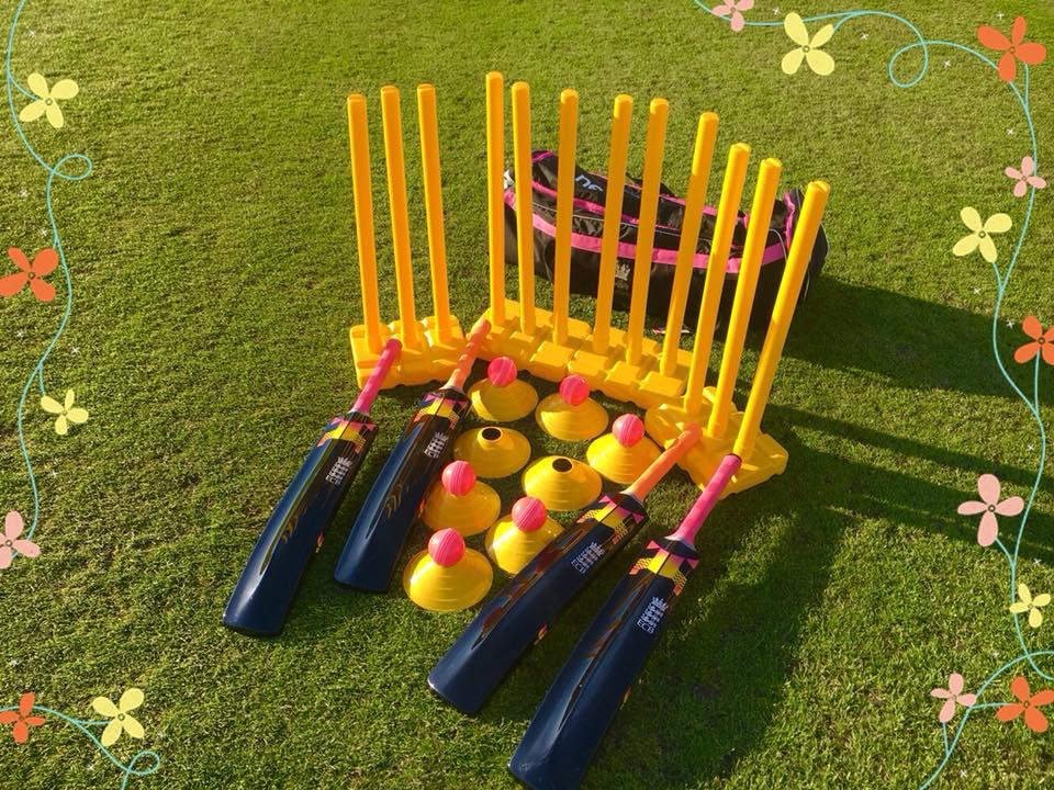 Womens Softball Cricket kit