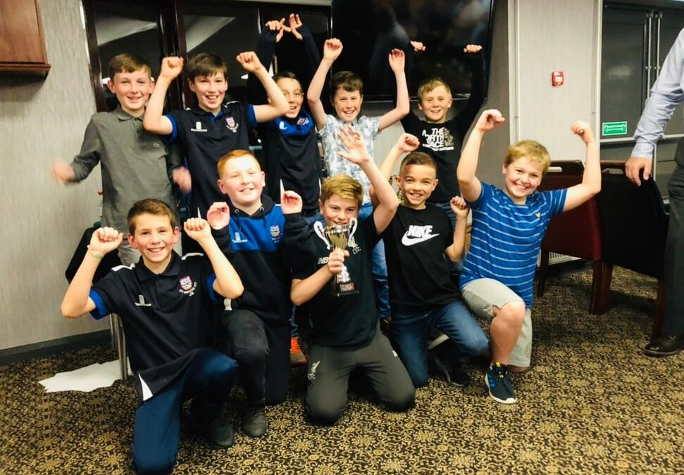 2019 Presentation Night Juniors U10s Team of the Year Award U10s cheering St Annes CC27