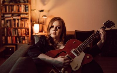 * CANCELLED * LIVE MUSIC – Country Singer Emma Moore Sun 8 Aug 2021 – FREE ENTRY!