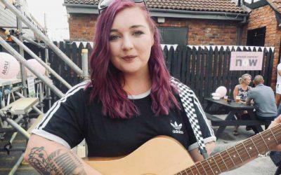 LIVE MUSIC – Enya Louise Singer & Acoustic Guitar Sun 11 July 2021 – FREE ENTRY!